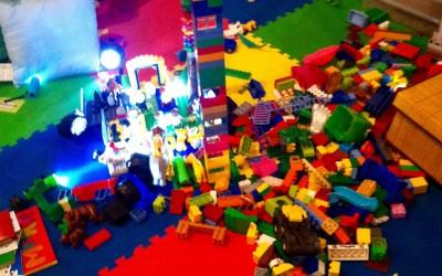 Детская площадка для юных посетителей на Sunday Up Market